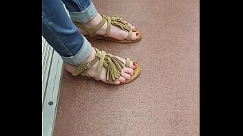 footsie touching on feet women bus Shopping in italy jb r